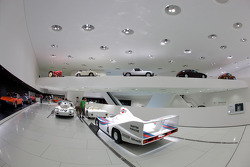1977 Porsche 936/77 Spyder and overall view of one of the rooms