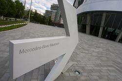 Mercedes-Benz Museum entrance