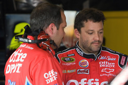 Tony Stewart, Stewart-Haas Racing Chevrolet, and Darian Grubb talk