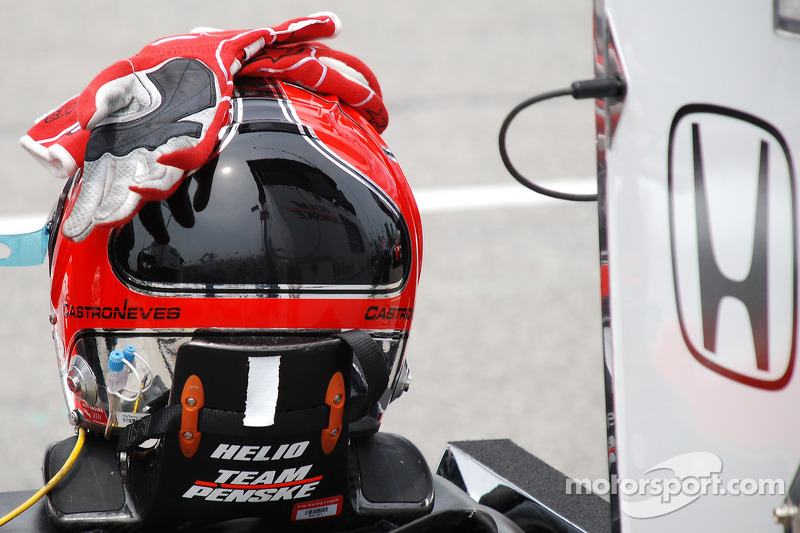 Helmet of Helio Castroneves, Team Penske
