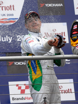 Augusto Farfus sprays champagne