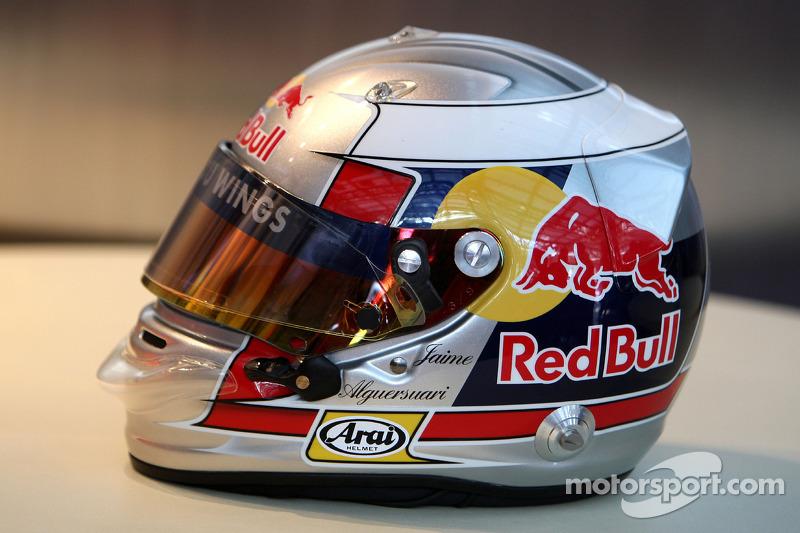 The helmet of Jaime Alguersuari, Scuderia Toro Rosso