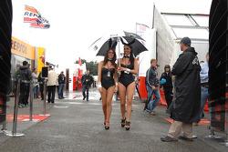 LCR Honda MotoGP Team girls