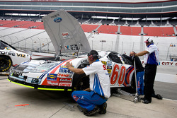The Save a lot crew makes changes to Carl Edwards Ford