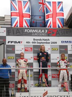 Podium: second place Alexander Sims, Mücke Motorsport, Dallara F308 Mercedes, race winner Brendon Hartley, Carlin Motorsport, Dallara F308 Volkswagen, third place Sam Bird, Mücke Motorsport, Dallara F308 Mercedes