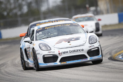 #35 CJ Wilson Racing Porsche Cayman GT4: Тайлер МакКаррі, Тіль Бехтольшаймер