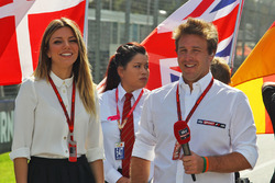 Federica Masolin, Sky F1 Italia Presenter with Luca Filippi, Sky Sports F1 TV Presenter on the grid