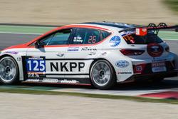 #125 NKPP Racing, Seat Leon Cup Racer: Harry Hilders, Gijs Bessem