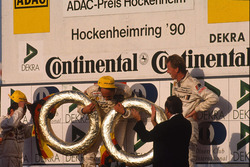 Церемония награждения: чемпион 1990 года Ханс-Йоахим Штук, Audi