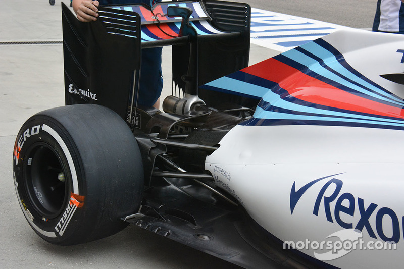Williams FW38 achterkant detail