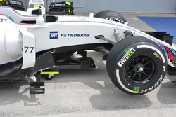 Williams FW38 front side detail