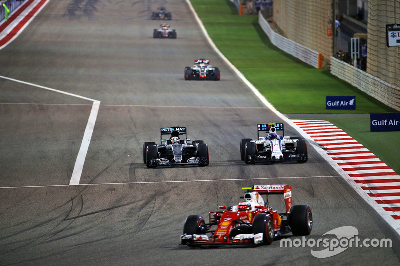 Kimi Raikkonen, Ferrari SF16-H, Lewis Hamilton, Mercedes AMG F1 Team W07 and Valtteri Bottas, Williams FW38