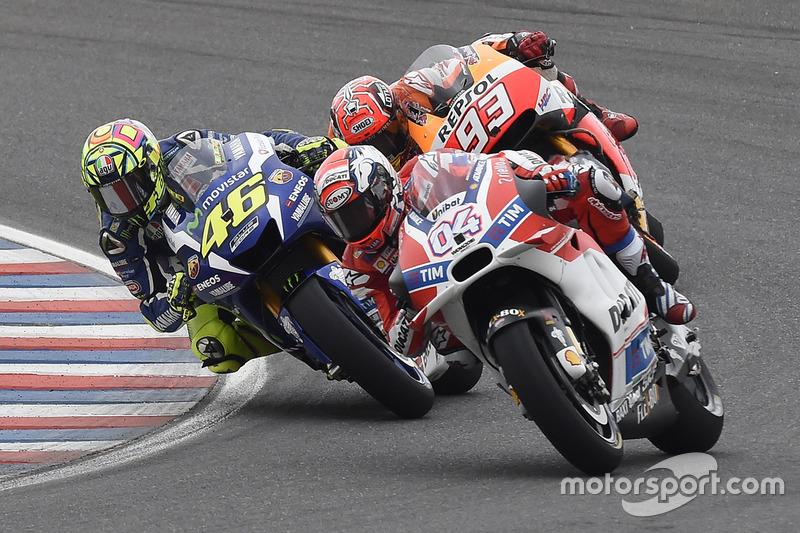 Andrea Dovizioso, Ducati Team, Valentino Rossi, Yamaha Factory Racing