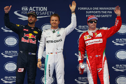 Polezitter Nico Rosberg, Mercedes AMG F1 Team, tweede Daniel Ricciardo, Red Bull Racing, derde Kimi Raikkonen, Ferrari