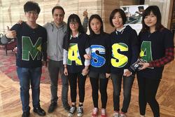 Felipe Massa com fãs chineses
