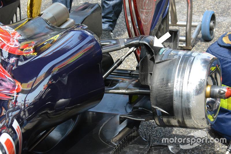 Scuderia Toro Rosso STR11 achterzijde detail