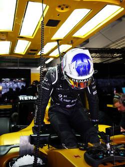 Сергей Сироткин, Renault Sport F1 Team RS16