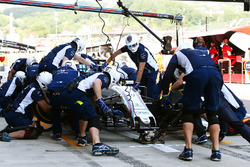 Felipe Massa, Williams FW38, beim Boxenstopp-Training