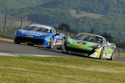 #32 StileF Squadra Corse, Ferrari 458: Andreas Segler; #91 Rossocorsa, Ferrari 458: Philipp Baron