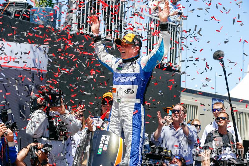 O brasileiro conseguiu o feito ao lado de John Pew, no comando da Ligier JS P2 Honda HPD