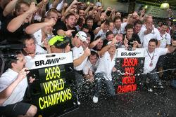 Rubens Barrichello, Brawn GP, Ross Brawn Team Principal, Brawn GP and Jenson Button, Brawn GP