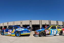 Kurt Busch, Penske Racing Dodge, Kyle Busch, Joe Gibbs Racing Toyota