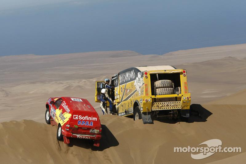 #342 Nissan: Jean-Pierre Strugo et Yves Ferri, #506 Liaz: Martin Macik, Josef Kalina, Jan Bervic