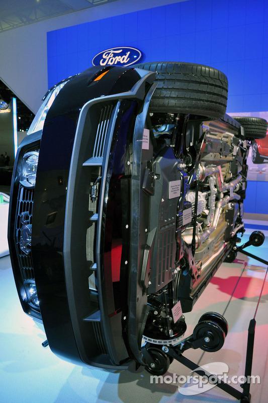Exposition du moteur de la Ford Mustang