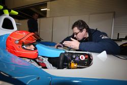Michael Schumacher testet ein GP2-Auto