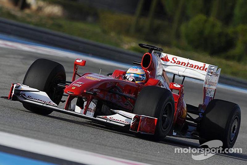 Fernando Alonso teste la Ferrari F60 de 2009 avec la nouvelle livrée
