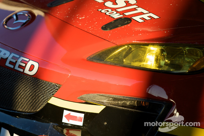 #43 Team Sahlen Mazda RX-8 (détail)