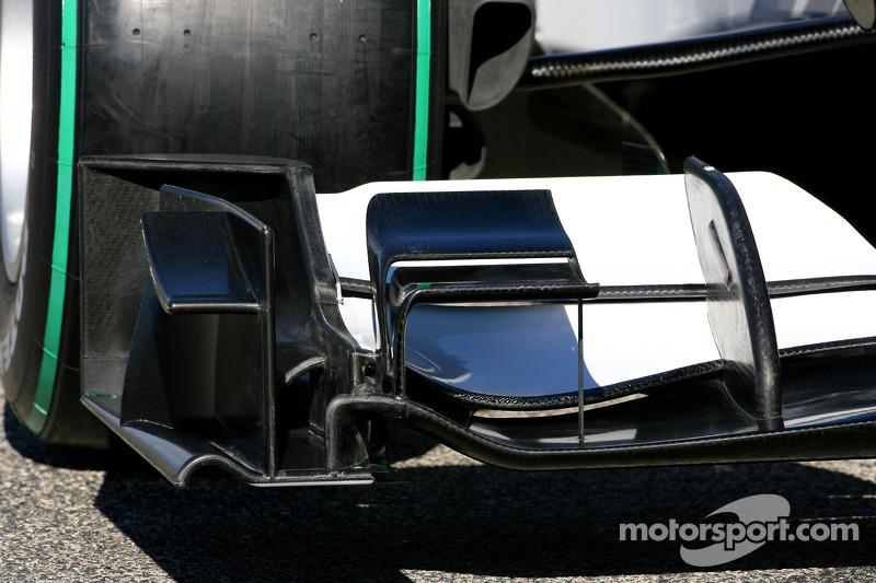 La nouvelle BMW Sauber C29 (détails) aileron avant