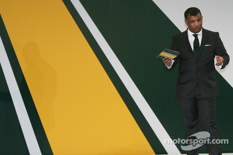 Tony Fernandes,