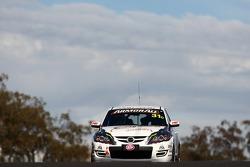 #31 Osborne Motorsport, Mazda 3 MPS: Stuart Jones, Hadrian Morrall, John Roecken
