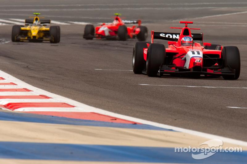 Charles Pic rijdt voor Giacomo Ricci en Javier Villa