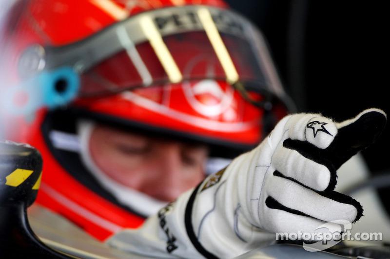 Handschoen van Michael Schumacher, Mercedes GP