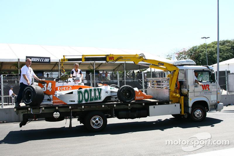 Damaged car of Mario Romancini, Conquest Racing