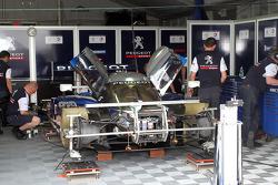 #07 Team Peugeot Total Peugeot 908 HDI FAP: Marc Gene, Alexander Wurz, Anthony Davidson