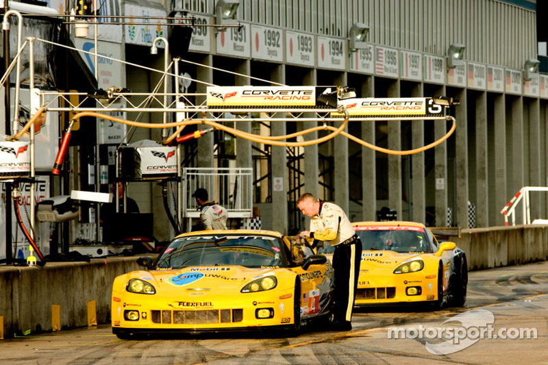 Corvette Racing pit