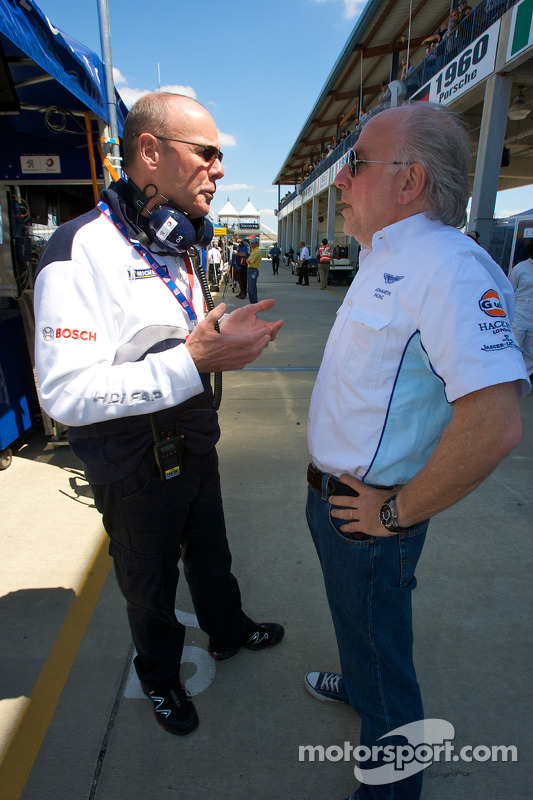 Peugeot Sport director Olivier Quesnel en David Richards