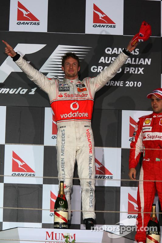 Podium: race winnaar Jenson Button, McLaren Mercedes