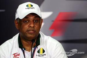 Tony Fernandes, Lotus F1 Team, Team Principal