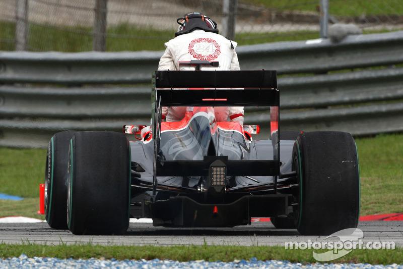 Timo Glock, Virgin Racing, spin
