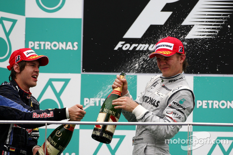 Podium: race winnaar Sebastian Vettel, Red Bull Racing, 3de Nico Rosberg, Mercedes GP