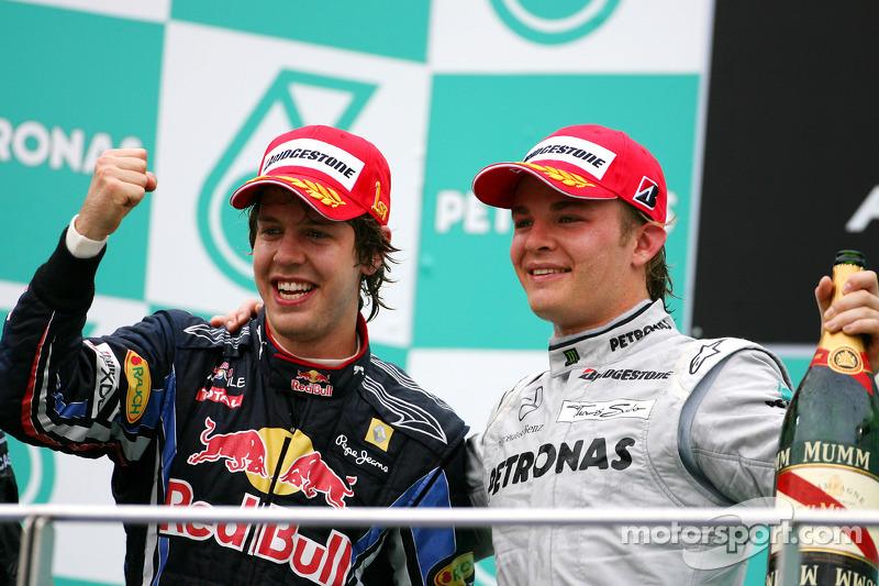 Podium: race winnaar Sebastian Vettel, Red Bull Racing, 3de Nico Rosberg, Mercedes GP