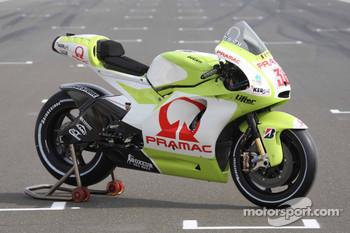 Pramac Racing Ducati Desmosedici GP9 SAT