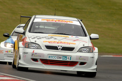 Martin Johnson devant WSR BMW