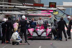 Pit stop for #35 Oak Racing Pescarolo Judd: Richard Hein, Guillaume Moreau