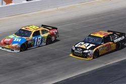 Jeff Burton, Richard Childress Racing Chevrolet and Kyle Busch, Joe Gibbs Racing Toyota