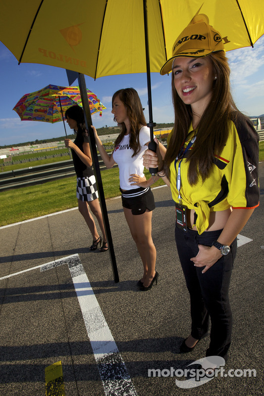Mini gridgirls
